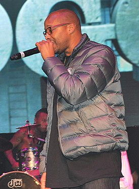 Warren G and Kurupt (cropped).jpg