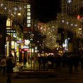 Wien - Weihnachtsbeleuchtung Kärntner Straße.jpg