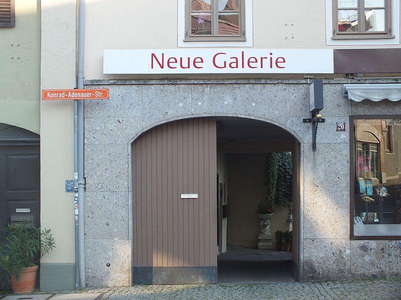 File:Wzwz dachau x07a adenauer-20.jpg