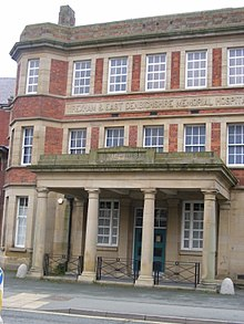 Yale College Wrexham - Wikipedia, the free encyclopedia