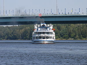 Yuriy Nikulin on Khimki Reservoir 29-jul-2012 09.JPG