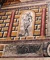 Zámek Český Krumlov, detail restaurovaného sgrafitta na nádvoří.jpg