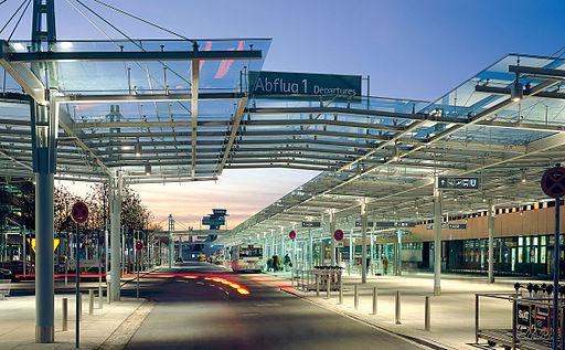 Zufahrt zum Airport Nürnberg
