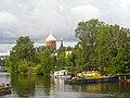 Гутуевская церковь с Екатерингофского моста.jpg