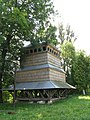 Дзвіниця церкви Собору Пресвятої Богородиці (дер.) 1690 р. смт.Поморяни 01.JPG