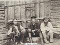 Карелы у амбара (1901).jpg