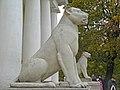 Коломенское. Дворцовый павильон, львицы01.jpg