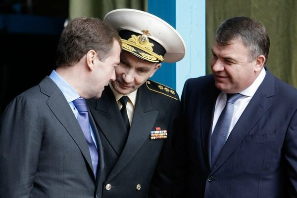 Рой медведев член союза журналистов