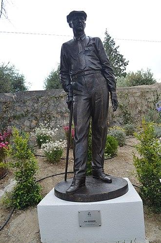 Ivan Bunin - Bunin monument in Grasse