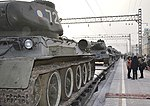 Эшелон с танками Т-34 в Иркутске 1.jpg