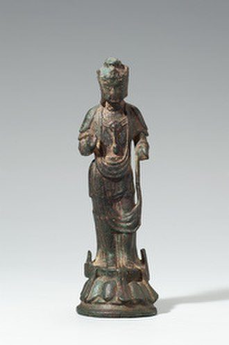 Korean Buddhist sculpture - Gilt-bronze standing bodhisattva. Three Kingdoms of Korea period. National Museum of Korea.