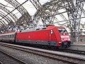101 035-4 im Dresdner Hauptbahnhof.jpg