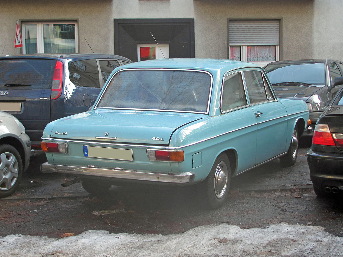 File:1970 Audi 60 2T Limousine Heck.jpg - Wikimedia Commons