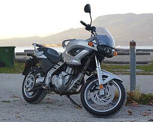 2002 BMW F650CS 3-4 view.jpg