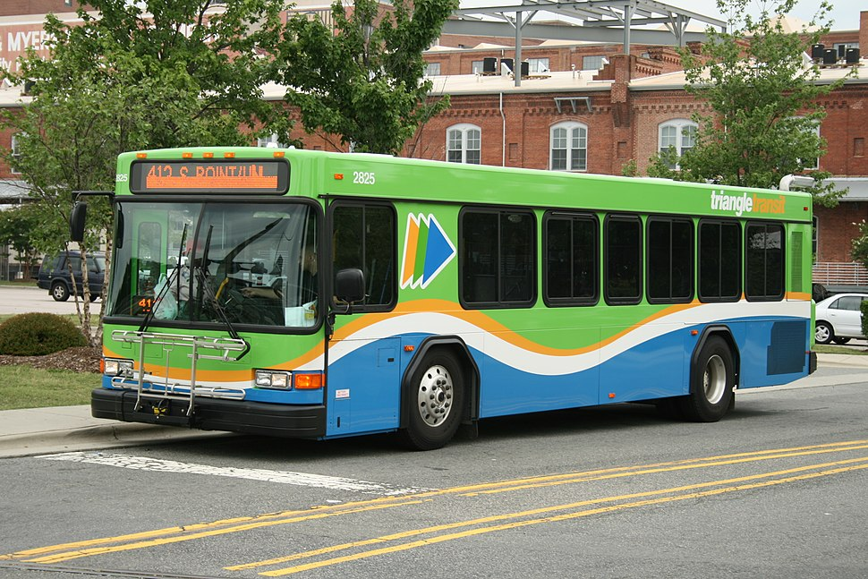 2008-07-05 TTA bus 713 at DATA terminal