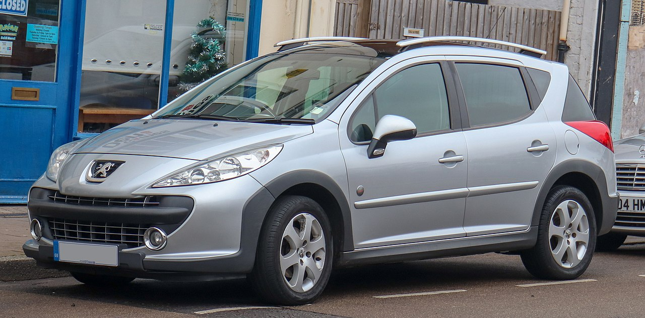 file 2008 peugeot 207 sw outdoor 90 1 6 front jpg wikimedia commons