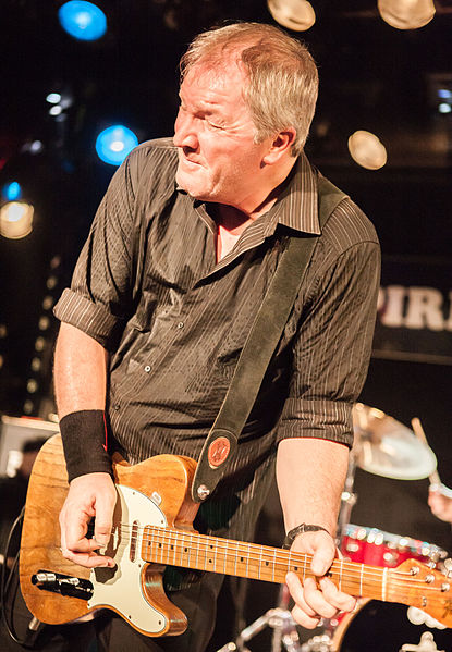 Steve Walwyn, guitarist of the British pub rock band Dr. Feelgood at music club Spirit of 66, Verviers, Belgium