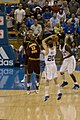 20090117 James Harden on defense.jpg
