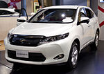 2013 Toyota Harrier 01.jpg