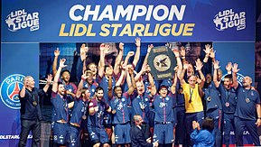 Description de l'image 2018-05-31 PSG champion de Lidlstarligue 2017-18 Daniel Narcisse.jpg.