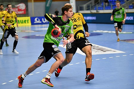 20180427 HLA 2017-18 Quarter Finals Westwien vs. Bregenz Sebastian Frimmel 850 8215.jpg