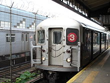 3 train at E 180 St.jpg