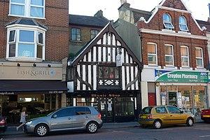 South Croydon - Image: 46 South End, Croydon