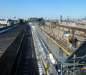 IND Culver Line - A temporary platform (center) erected at Fourth Avenue during the Culver Rehabilitation Project.