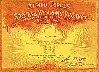 Armed Forces Special Weapons Project - Armed Forces Special Weapons Project certificate for attending Weapons Orientation Advanced Class No. 132 in April 1958