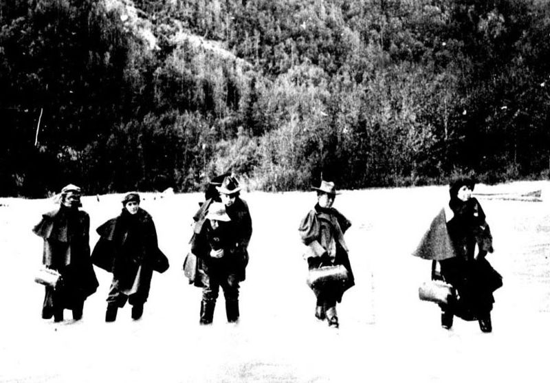 Actresses travelling on the Klondike Gold Rush.jpg