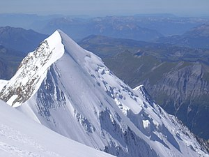 Aiguille de Bionnassay - Summit, east ridge and glaciated north-west face of the Aiguille de Bionnassay