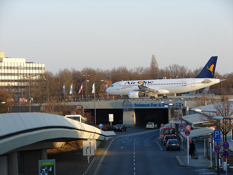 File:AirOne Berlin Tegel.jpg