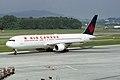 Air Canada Boeing 767-333-ER C-FMWP (27854313115).jpg