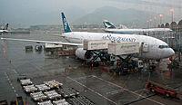 Air New Zealand Boeing 777-200ER Hong Kong International Airport.jpg