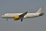 Airbus A320-200 Vueling (VLG) EC-KLB - MSN 3321 - Named Vuela y Punto (9370971257).jpg