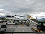 Airbus A320-232SL Air New Zealand ZK-OXD @ Queenstown (16359664509).jpg