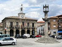 Almorox Ayuntamiento.jpg