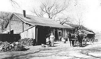 Rancho Santa Rita - Kroeger family at the Alviso Adobe (circa 1900)