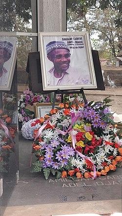 Amílcar Cabral mausoleum in Bissau 2.jpg