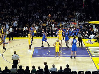 Lakers–Clippers rivalry - Image: Andrew Bynum 2010 playoffs