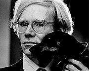 Nel settembre 1971, durante il tour promozionale negli Stati Uniti, Bowie incontrò Andy Warhol, a cui dedicò uno dei brani inclusi nell'album Hunky Dory.