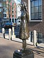 Anne Frank beeld Westerkerk (4).jpg