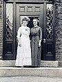 Annie Jump Cannon & Henrietta Swan Leavitt, 1913.jpg