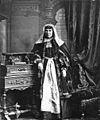 Armenian wife of rich Armenian merchant Tiflis 1882-1915.jpg