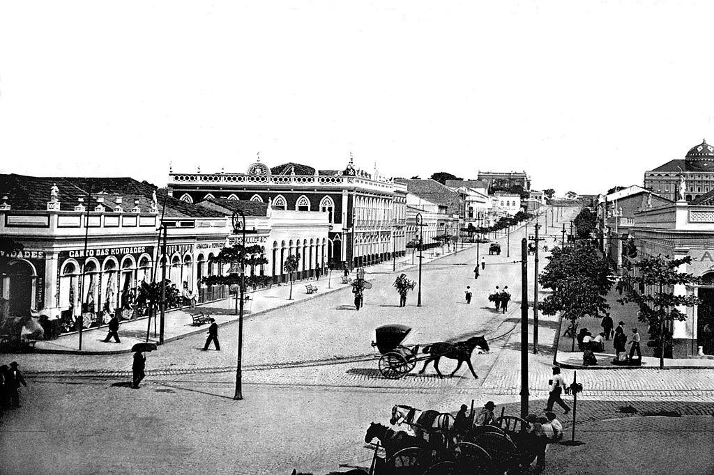 Eduardo Ribeiro Avenue, c.1901.