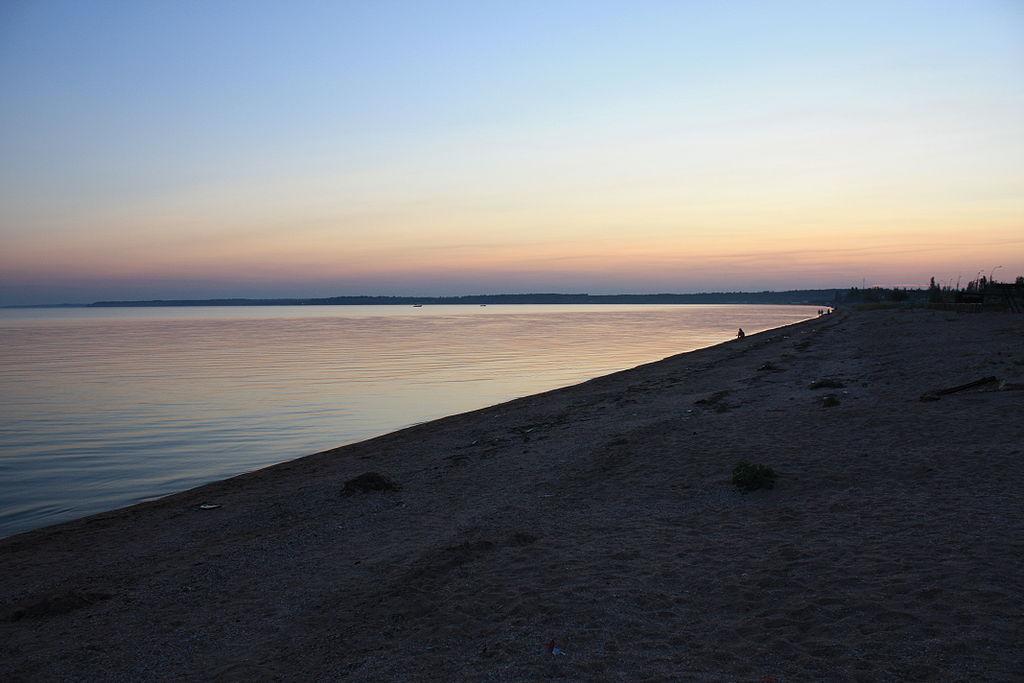 بــحـــرآزوف  1024px-Azow_Sea_Sunset