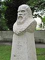 Büste Galileo Galilei am Galileiplatz in München Bogenhausen.JPG