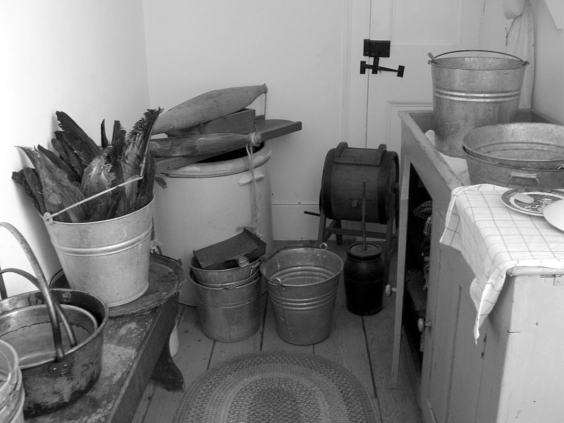 File:Back scullery (4869152647).jpg