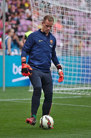 Marc-André ter Stegen - Ter Stegen warming up for Barcelona in 2014