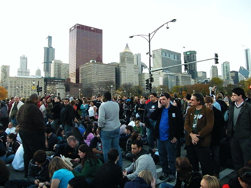 File:Barack Obama Rally in Grant Park November 4, 2008 (3005063371).jpg